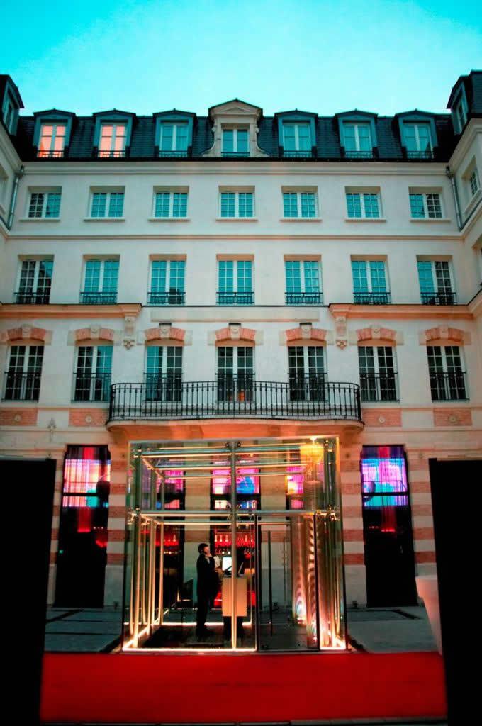 Kube Hotel Paris