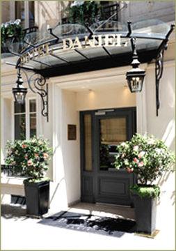 Hotel Daniel Paris Relais et Chateaux